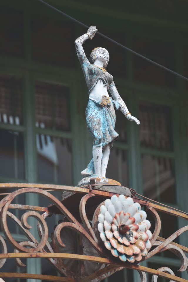 The old city is full of little details such as this decorative sculpture which is as Indian as its European in its appeal.
