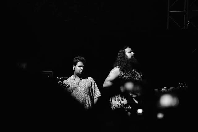 Besides the melodic arrangement driven by rousing violin parts, the track's lyrical style also leans towards the mainstream.